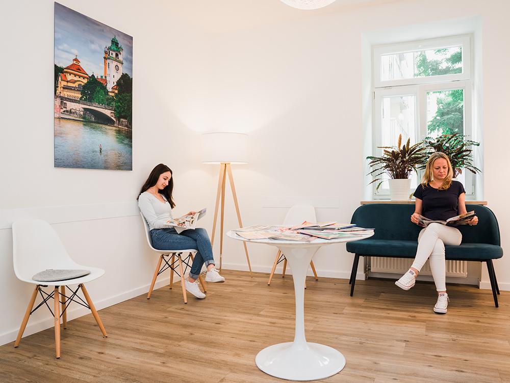Hausarzt Maxvorstadt - Praxis - Wartezimmer