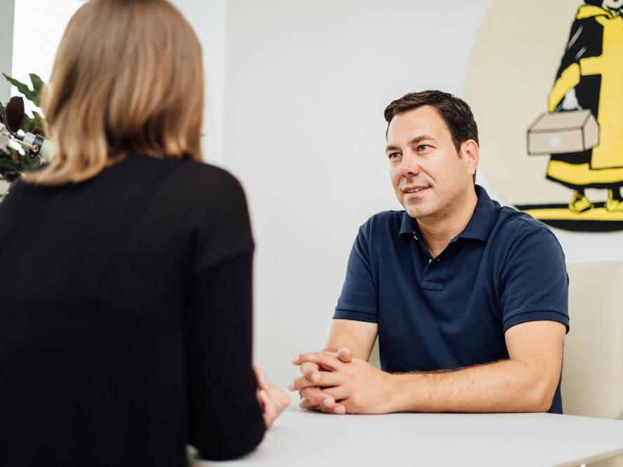 Hausarzt Maxvorstadt - Dr. Mutschler - Besprechung in der Praxis